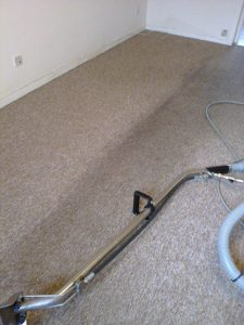 bedroom carpet before